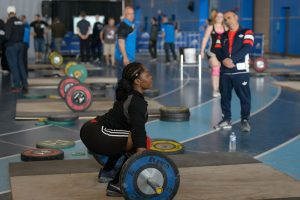 Maya-Laylor-warming-up-for-the-Snatch